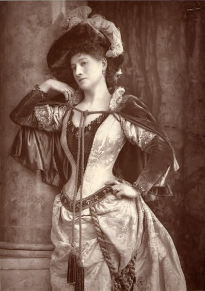 Portrait of actress Ellen Wallis