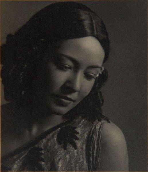 Portrait of Sylvia Devez