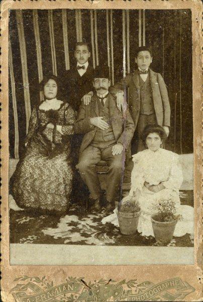 no title (Portrait of an Armenian family)