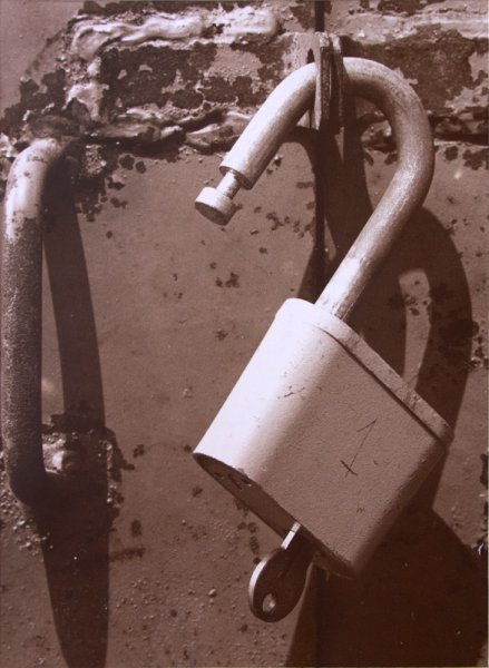 Untitled (an open lock)