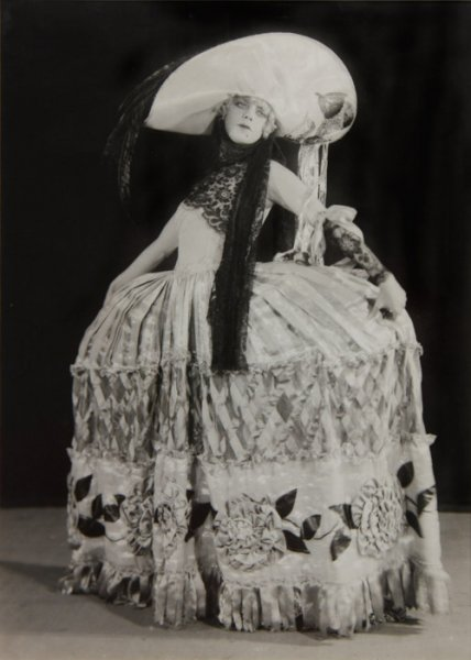 Nellie McCarthy in Earl Carroll's Florida Girl