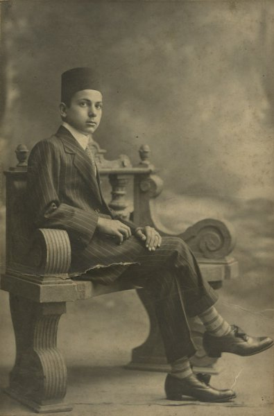 Untitled (portrait of a boy wearing fez)