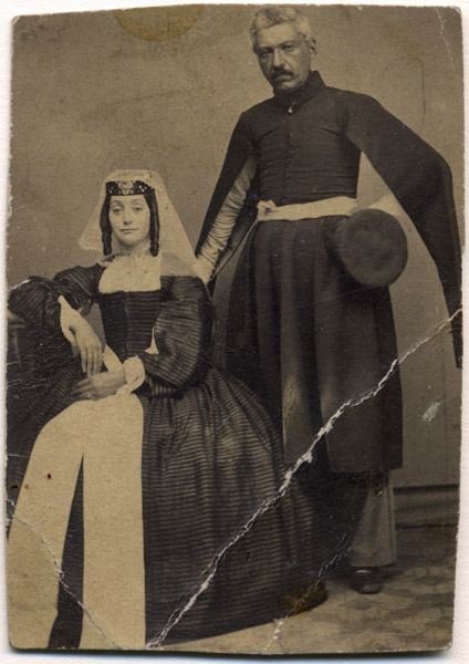 untitled (studio portrait of a rich Armenian couple from Tbilissi?)