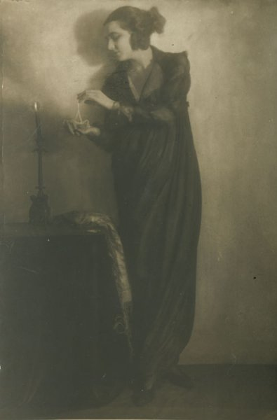 Untitled (woman in candlelight)