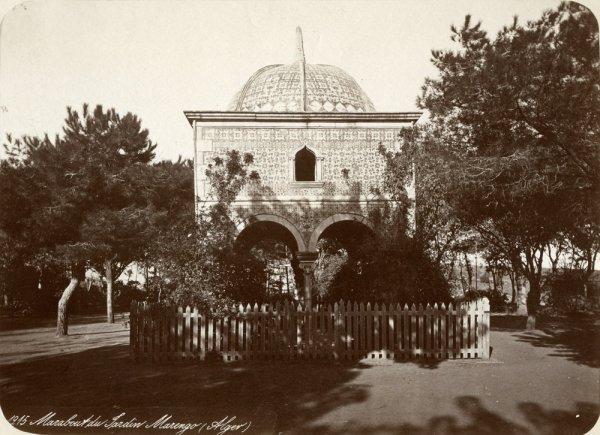 Marabout du jardin Marengo (Alger)